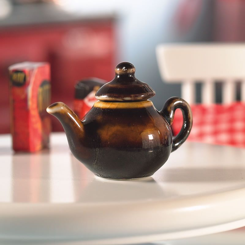 Brown Betty Teapot 5557 Bromley Craft