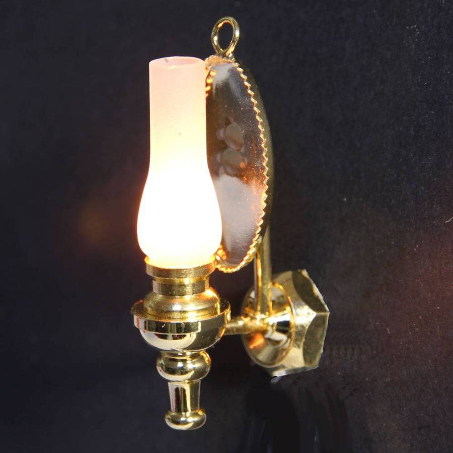 Wall Oil Lamp with Sconce 1:12 scale (LT2004), Wired Lights, DE079 from Bromley Craft Products Ltd.