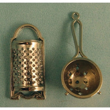 Metal Sieve & Grater - 1:12 scale