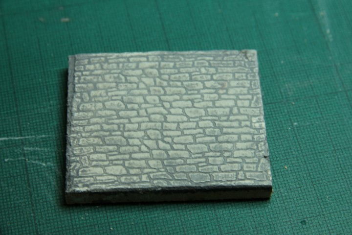 Sample of 1:48 scale impression on clay